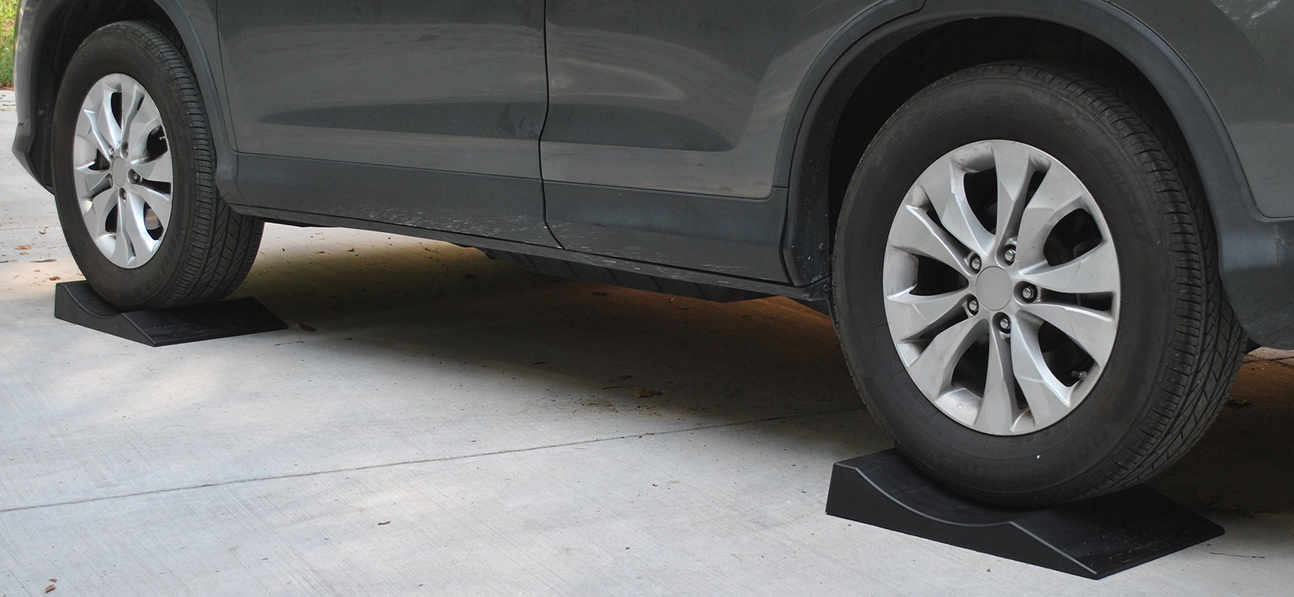 MAXSA 37353 Park Right Tire Saver Ramps for Flat Spot Prevention and Vehicle Storage (Set of 4), Black by Maxsa Innovations (Image #4)