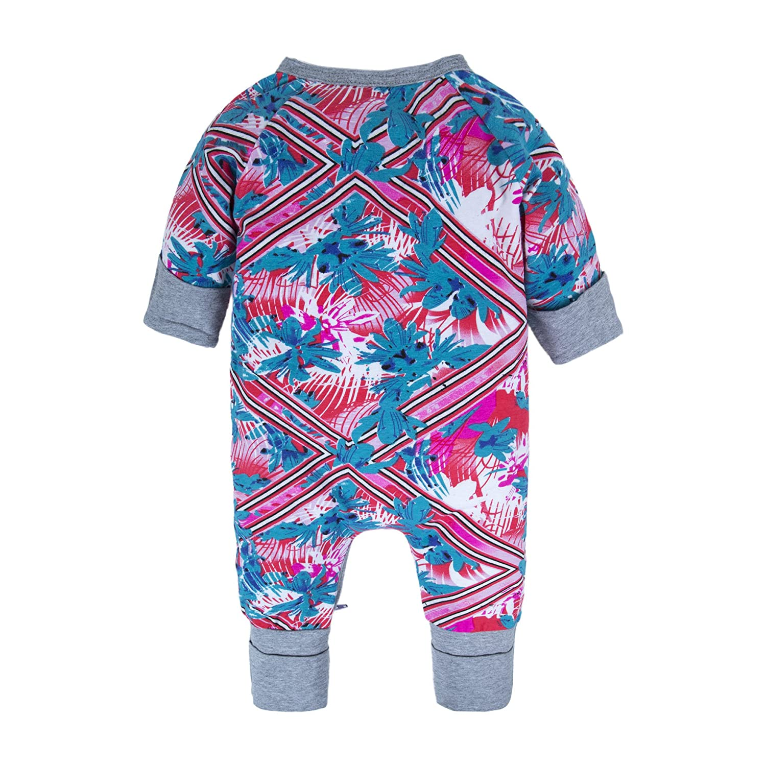 0f76c2c41030 BIG ELEPHANT Baby Girls 1 Piece Long Sleeve Pajama Graphic Print Zipper  Romper Style J T86-73 3-6 Months  Amazon.in  Clothing   Accessories