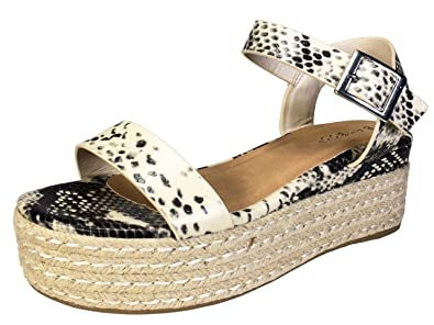 90ce28bab581 Amazon.com  BAMBOO Women s Single Band Espadrilles Platform Sandal with  Quarter Strap  Shoes