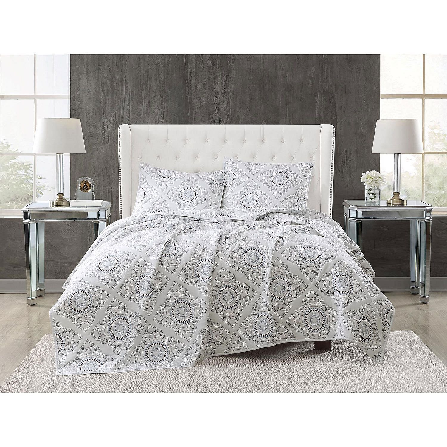 Christian Siriano 3-Piece Embroidered Quilt Set (Full/Queen - White)
