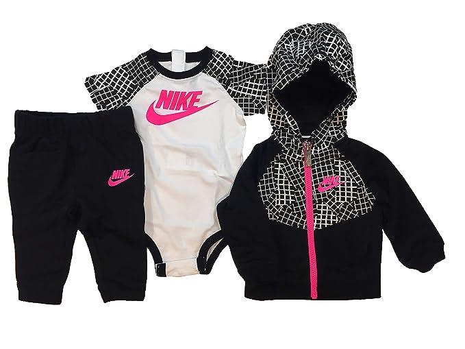 Nike Baby Girls Futura Terry 3 Piece Deluxe Gift Set: Amazon.es ...
