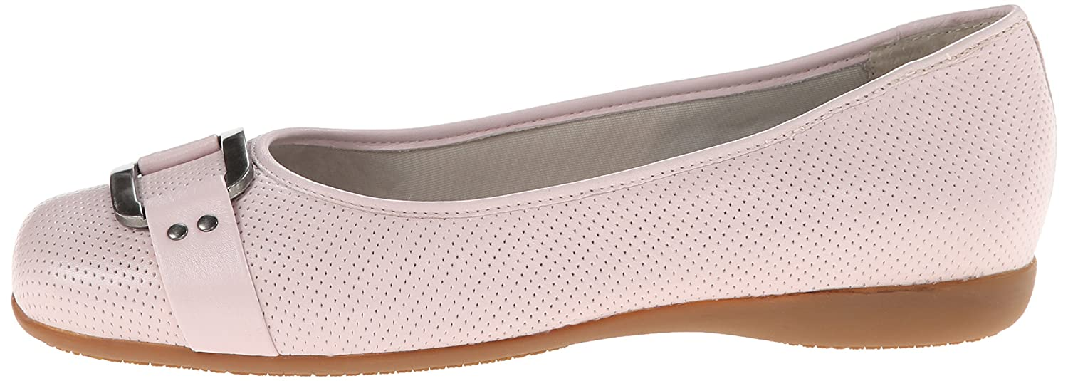 Trotters Women's Sizzle Flat B00LMI6C7O 6.5 B(M) US|Pale Pink Perforated