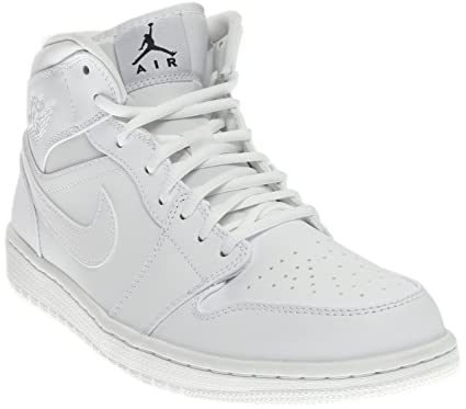 pretty nice d83cf 069e9 Image Unavailable. Image not available for. Color  NIKE Men s Air Jordan 1  Mid Basketball Shoe