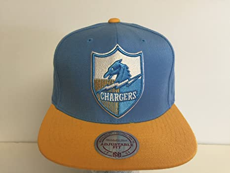 ca7bcb91fd1ae1 Amazon.com: Mitchell & Ness San Diego Chargers Snapback Hat: Everything Else