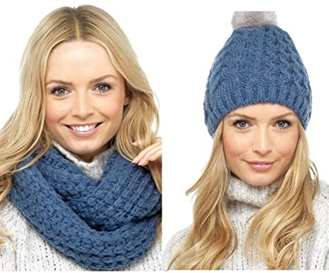 Ladies Hat and Snood Winter Accessory Set Bobble Pom Chunky Cable Knit Warm  (Blue)(Size  One size)  Amazon.co.uk  Clothing 1011f396bc8f