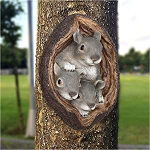 Tree Squirrel Decor Outdoor, Cartoon Squirrel Tree Wall Mount, Tree Hugger Whimsical Tree Statue, Resin Squirrel Tree Faces Animal Novelty Garden Decorations, Indoor or Outdoor Decor Decoration