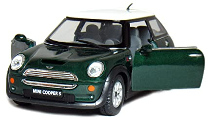 Amazoncom 5 Mini Cooper S 128 Scale Green By Kinsmart Toys Games