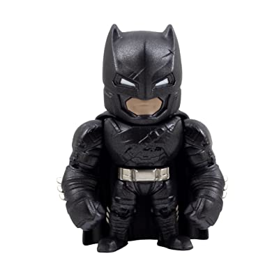 Armored Batman DC Comics Batman v Superman Action Figure: Toys & Games
