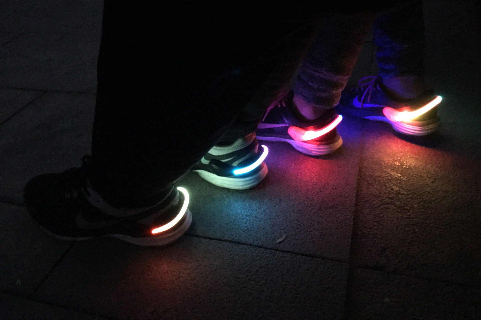 LED Shoe Clip Lights Clip Safety Night High Visibility Running Gear for Joggers Bikers Kids Women Men 2pcs
