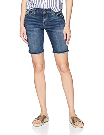 3e11bad7 Amazon.com: Silver Jeans Co. Women's Suki Curvy Fit Mid Rise Bermuda Shorts:  Clothing