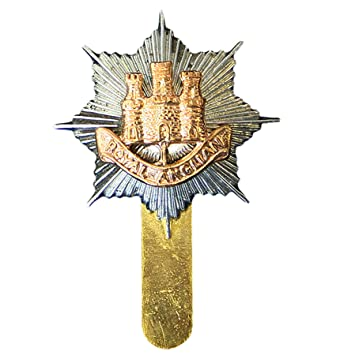 1cd01aba82afe Royal Anglian Regiment OR s issue Cap   Beret Badge  Amazon.co.uk  Kitchen    Home