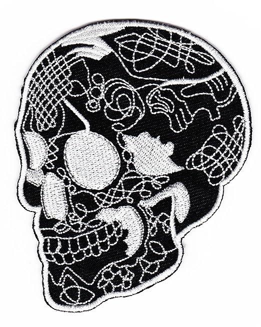 Fangbanger punk con fotografía y negativo de tatuaje de calavera ...