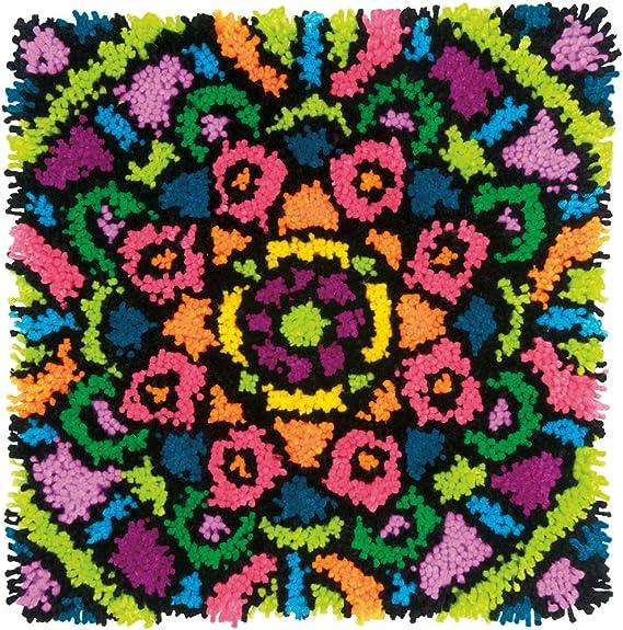 16 x 16 Dimensions Needlecrafts Red Poppy Trio Flower Latch Hook Craft Kit for Kids