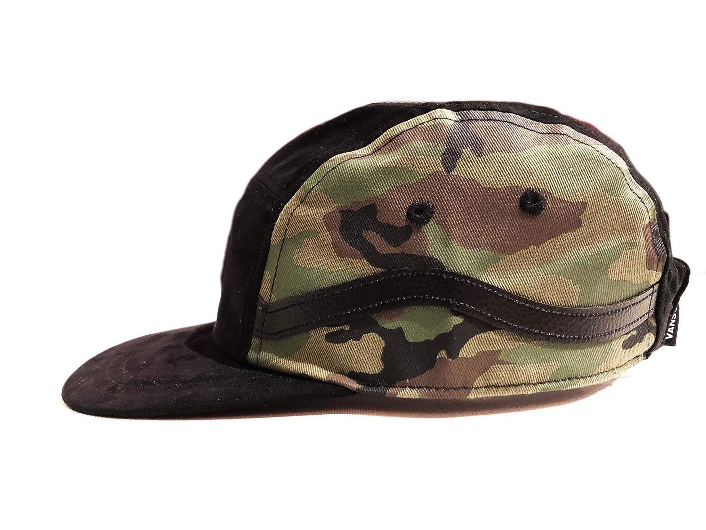 4246276886 Amazon.com  Vans Men s Sidestripe 5-P Hat One-Size Black Camo VN0A3MYUCMA   Sports   Outdoors