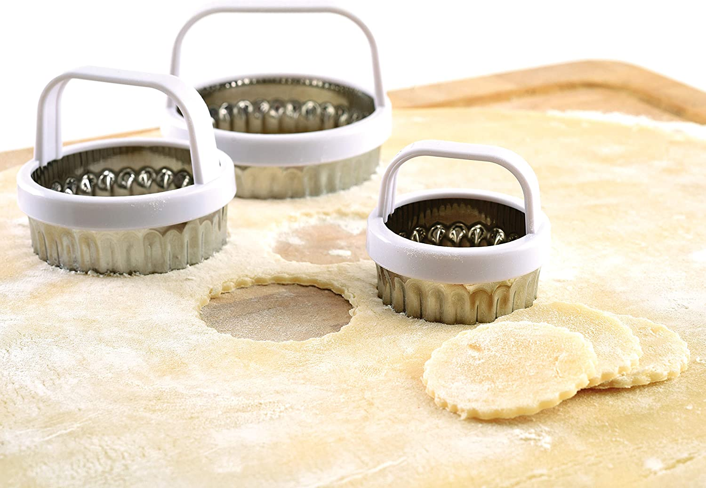 Metallic Norpro 3490 Scallop Biscuit//Cookie Cutter Set of 3