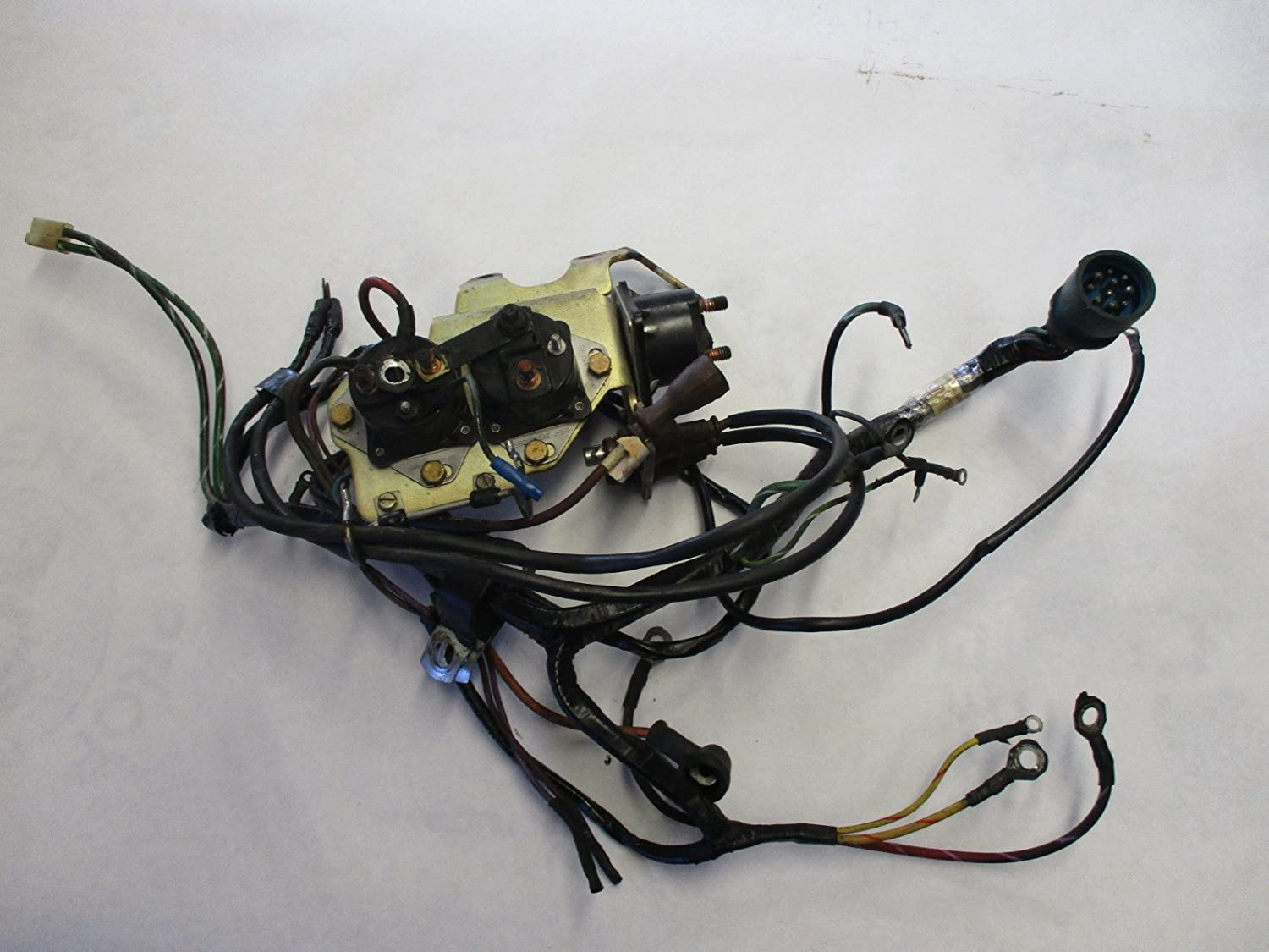 0983243 Chevy OMC Stringer V6 V8 Engine Wire Harness cket ... on omc cobra parts diagram, omc neutral safety switch, omc fuel tank, omc remote control, omc control box, omc oil cooler, omc cobra outdrive, omc inboard outboard wiring diagrams, omc voltage regulator, omc gauges,
