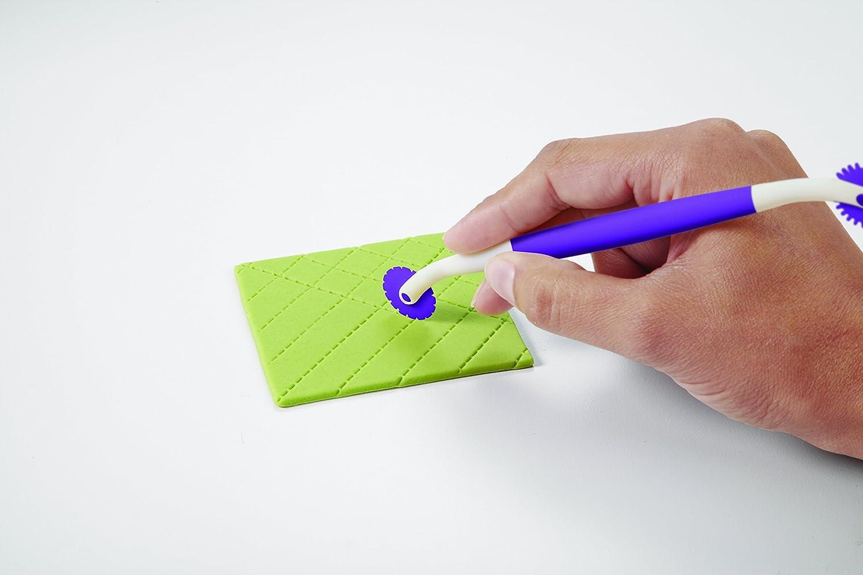 plastica 0262021 Set 3 attrezzi con doppia estremit/à Wilton per dettagli in pasta di gomma o pasta di zucchero sfera, taglierina, rotella viola
