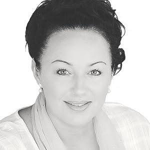 Karina Traxinger