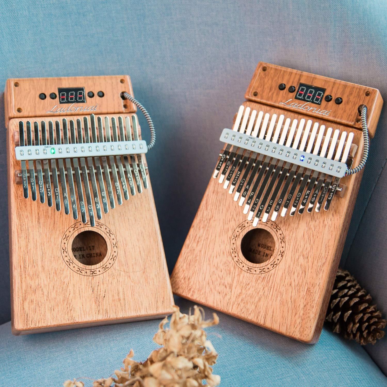 Ladoruai 17 key Kalimba, Smart Illuminated Thumb Piano, Tuning Hammer and Study Instruction(120 songs option) by ladoruai (Image #4)