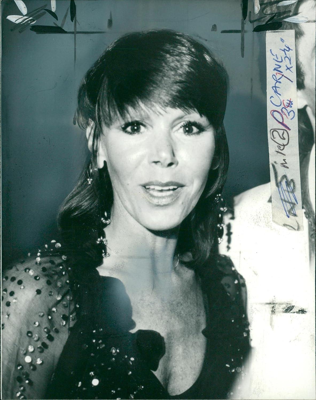 Bianca Gonzalez (b. 1983)