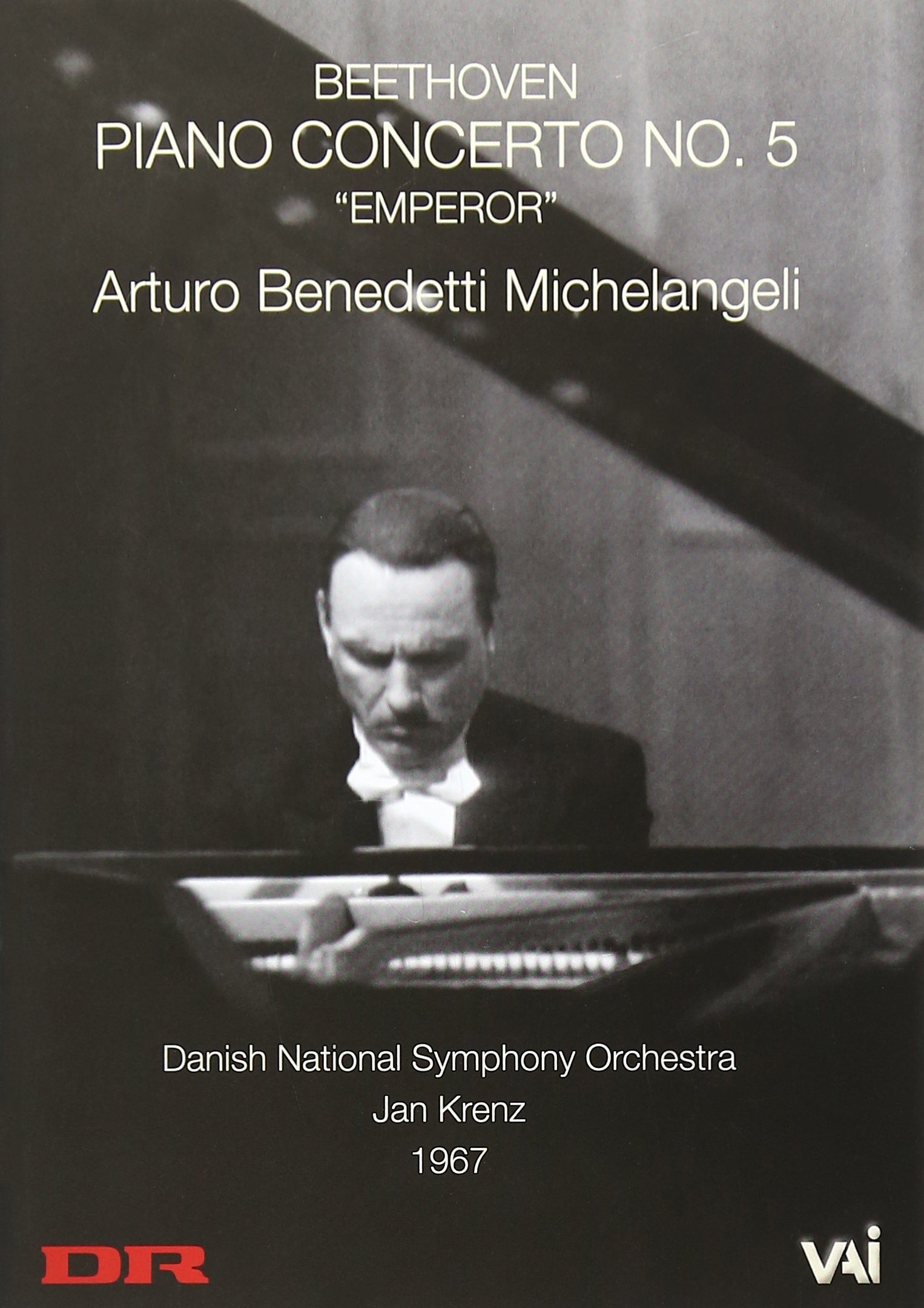 DVD : Arturo Benedetti Michelangeli - Michelangeli Plays Beethoven's Emperor Concerto (Black & White)