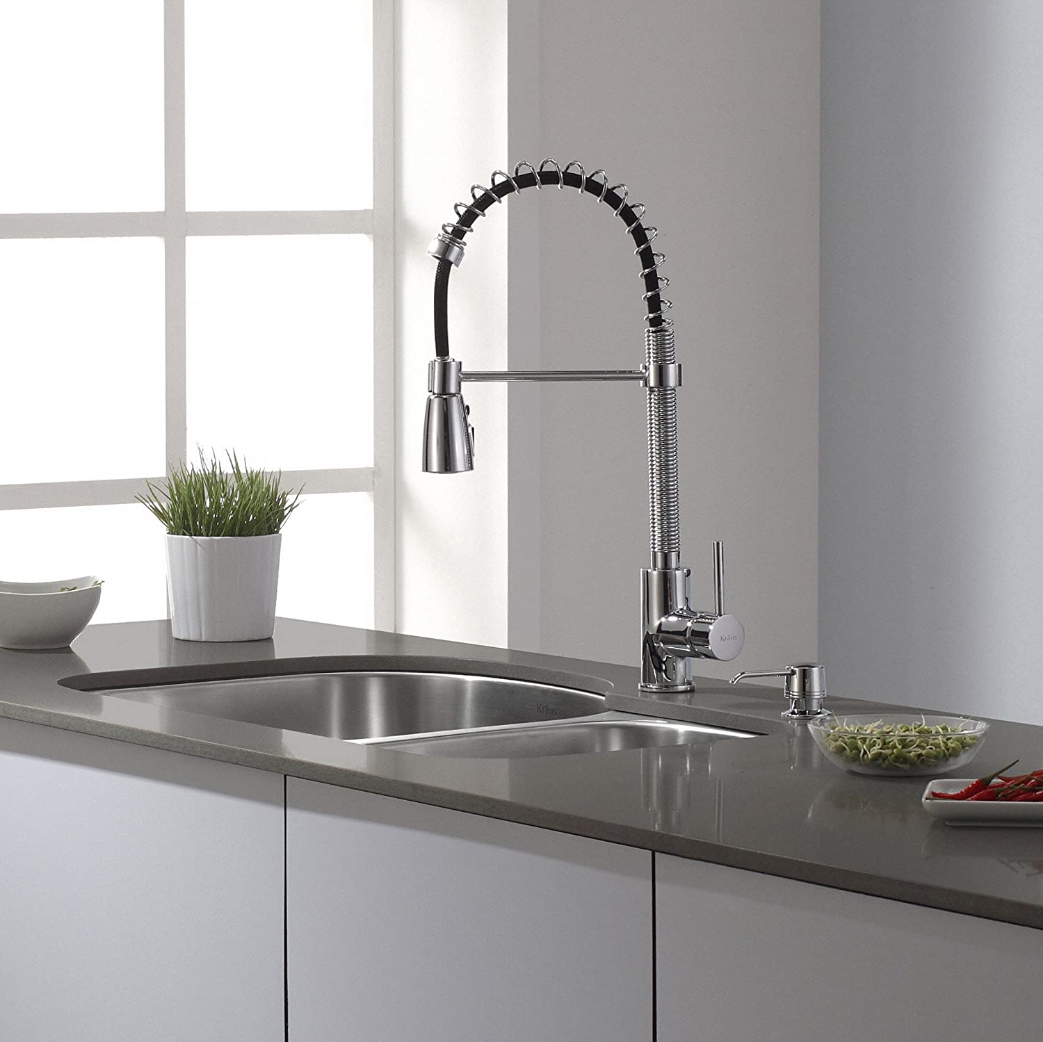 Kraus KPF 1612 Single Lever Pull Down Kitchen Faucet Chrome   Touch On  Kitchen Sink Faucets   Amazon.com