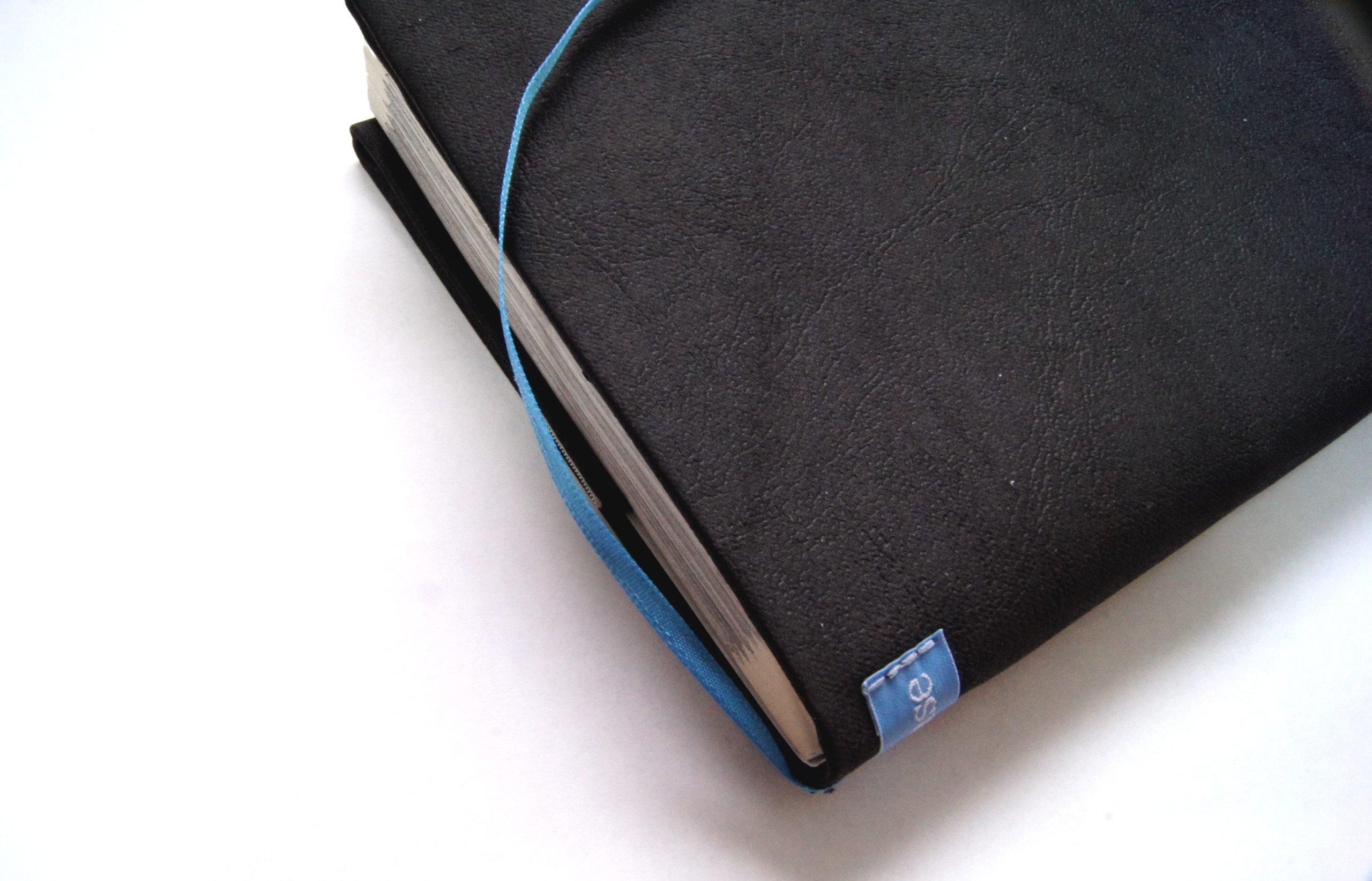 Beahouse フリーサイズブックカバーレザリッシュ~ほぼ全サイズ対応 (文庫、B6、四六、新書、A5、マンガ、ノート) (ブラック)