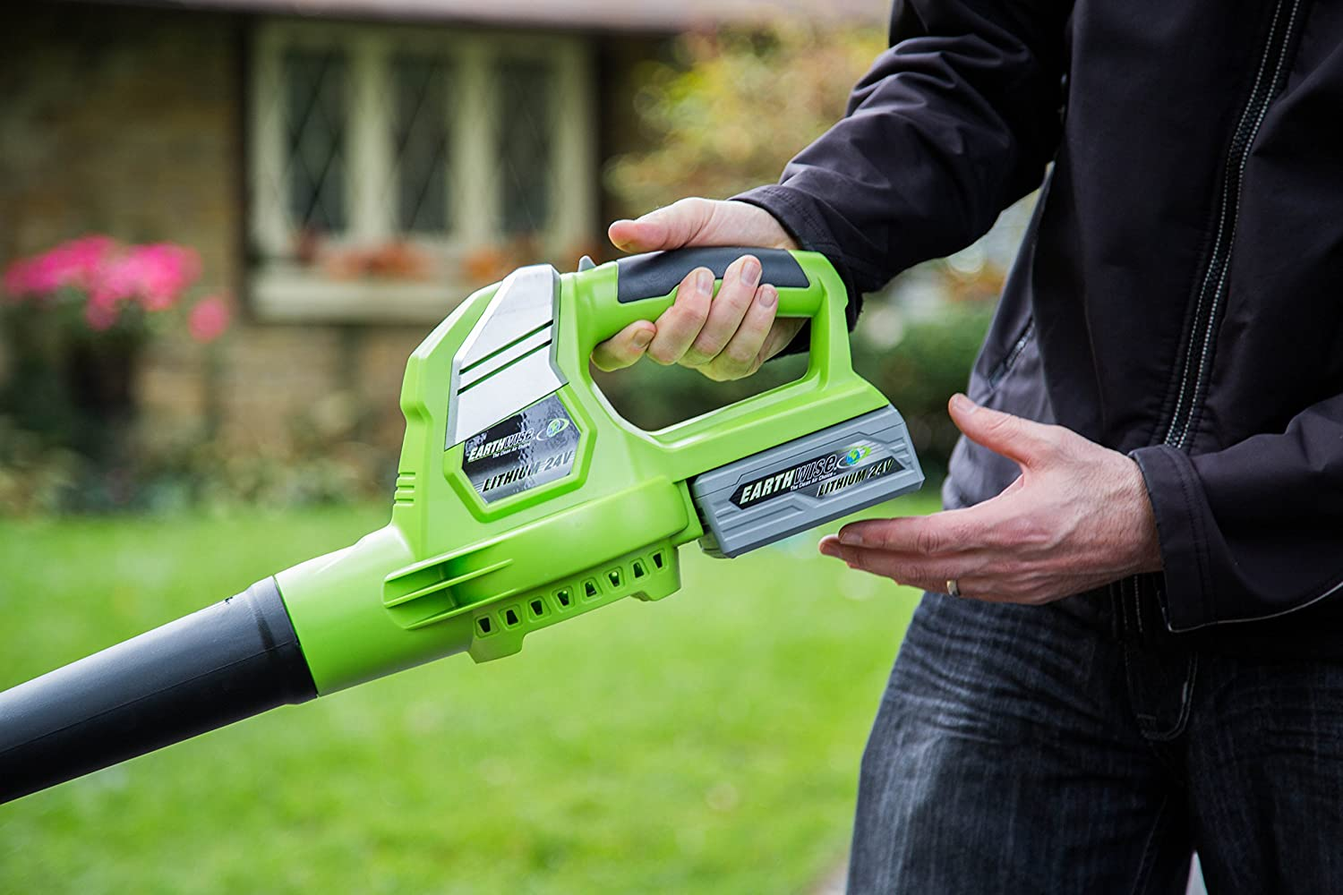 Earthwise LB20024 24-Volt Lithium Ion Cordless Electric Single Speed 130 MPH Leaf Blower