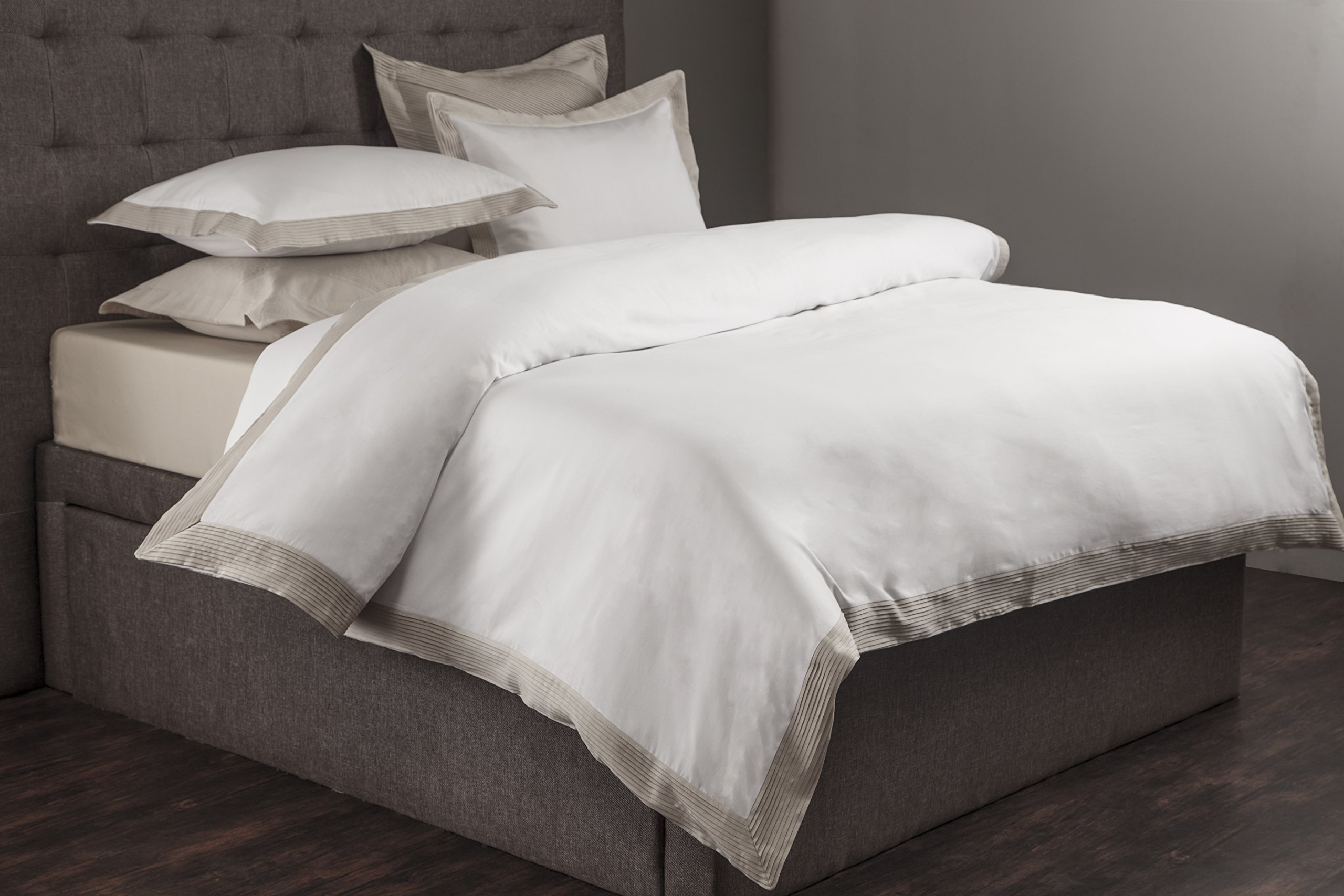 MORGAN DUVET COVER SET (King, White/Champagne)
