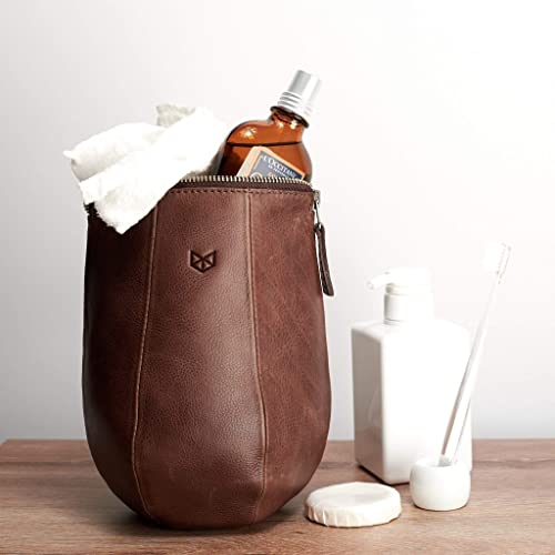 6b633345d8 Image Unavailable. Image not available for. Color  Capra Leather Hanging Toiletry  Wash Bag for Men