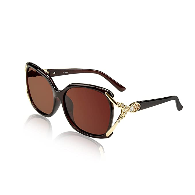 55fd347464 Amazon.com  Woman s Sunglasses Two Chic Fancy Lady Sunnies Cool Plastic  Frame Blue Brown 2  Clothing