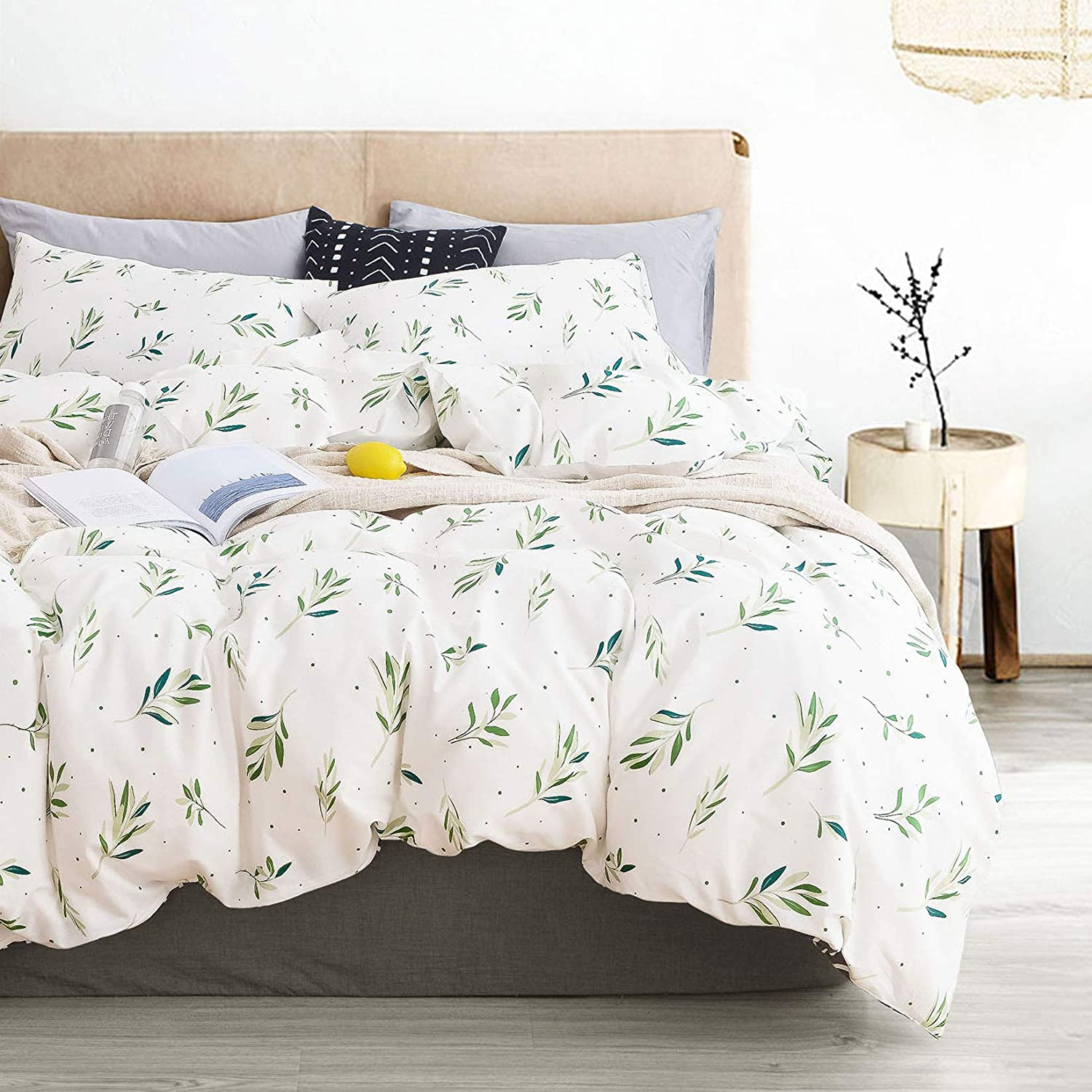 Wake In Cloud - Tree Leaves Duvet Cover Set, 100% Cotton Bedding, Green Botanical Plant Leaves and Dots Modern Pattern Printed on White, with Zipper