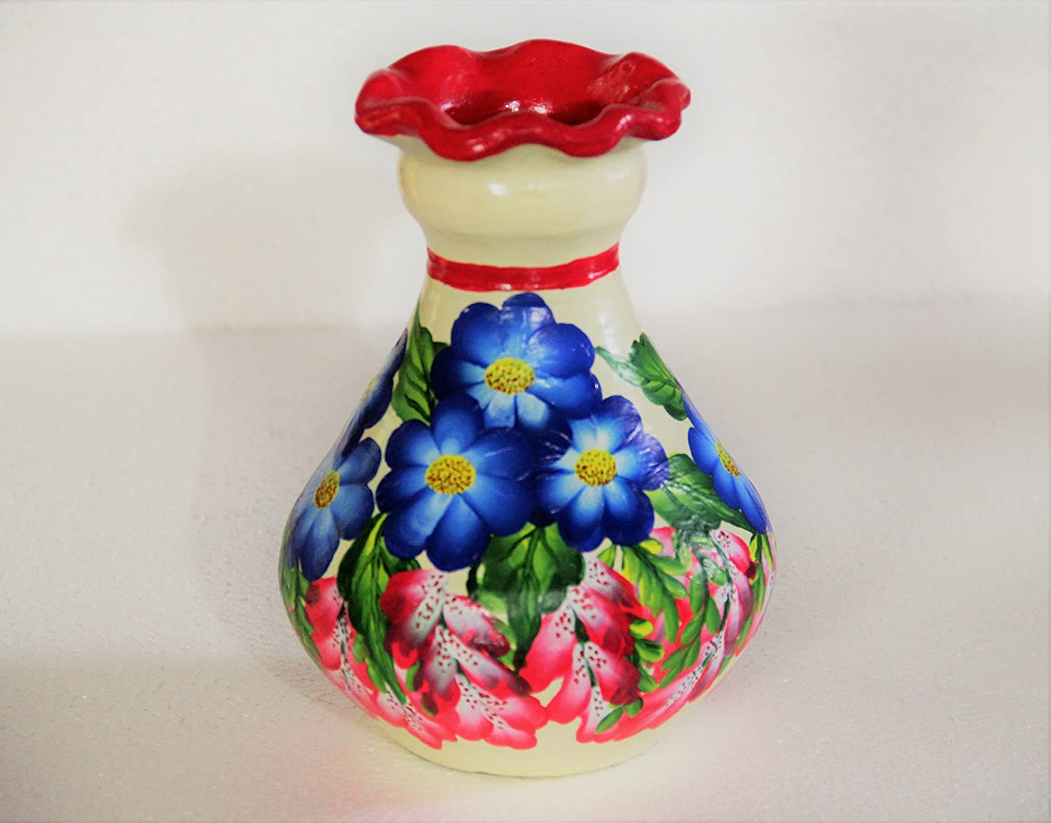 Buy Pots Paintings 7 Inches Home Decorative Flower Vase Handmade Terracotta Flower Pot Clay Pot Living Room Showpiece Gifting Item Online At Low Prices In India Amazon In