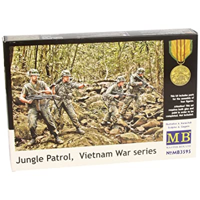 "Master Box Models ""Jungle Patrol"", Vietnam War Series - 4 Figures Set (1/35 Scale): Toys & Games"