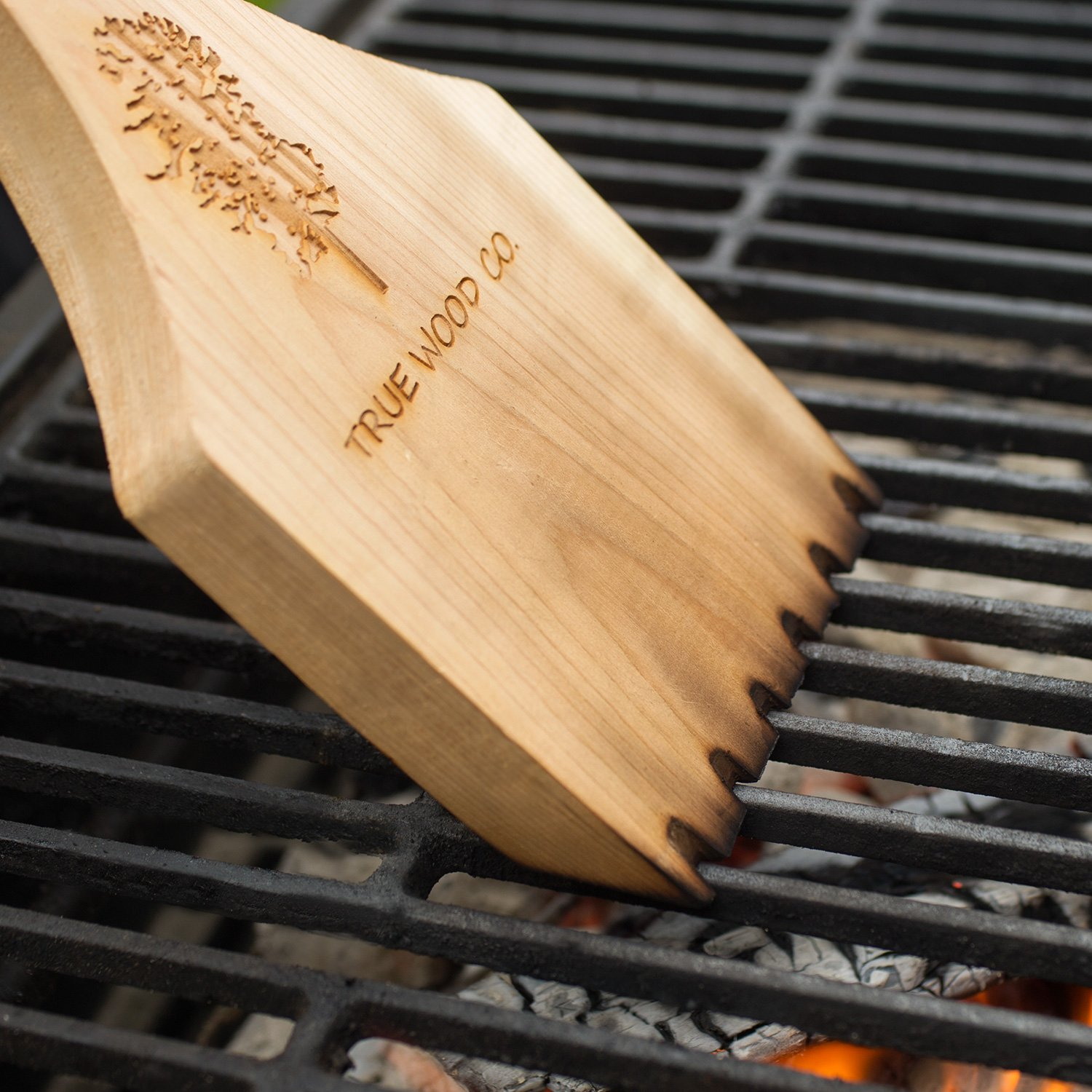 Wooden BBQ Scraper for Grill Cleaning. Safe Alternative to Wire BBQ Brushes. Extra Long Handle for Safety and Comfort. Professional Bristle Free Cleaner. West Red Cedar Wood. (21.5'') by True Wood Co. (Image #2)