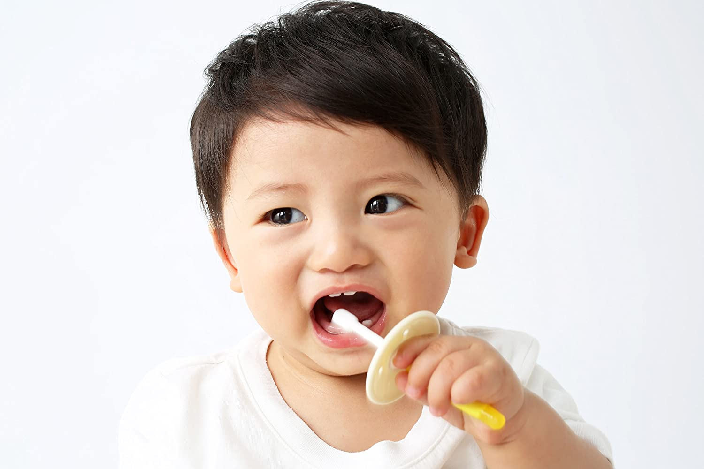 Pigeon baby teeth brush Lesson 2 yellow