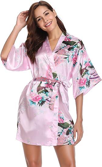 bata japonesa mujer rosa