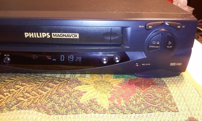 Amazon com: PHILIPS MAGNAVOX VCR VRZ244AT01 MONO: Electronics