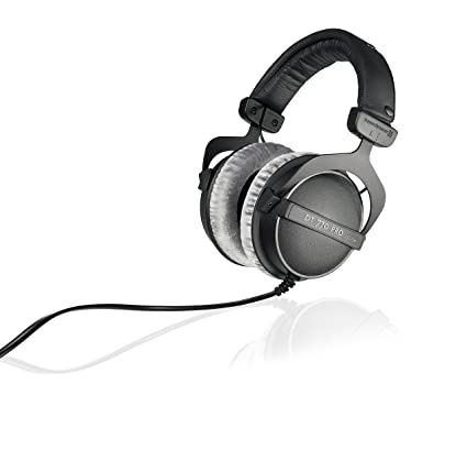 9cf796b3adf Amazon.com: beyerdynamic DT 770 PRO 250 Ohm Over-Ear Studio Headphones in  Black. Closed Construction, Wired for Studio use, Ideal for Mixing in The  Studio: ...