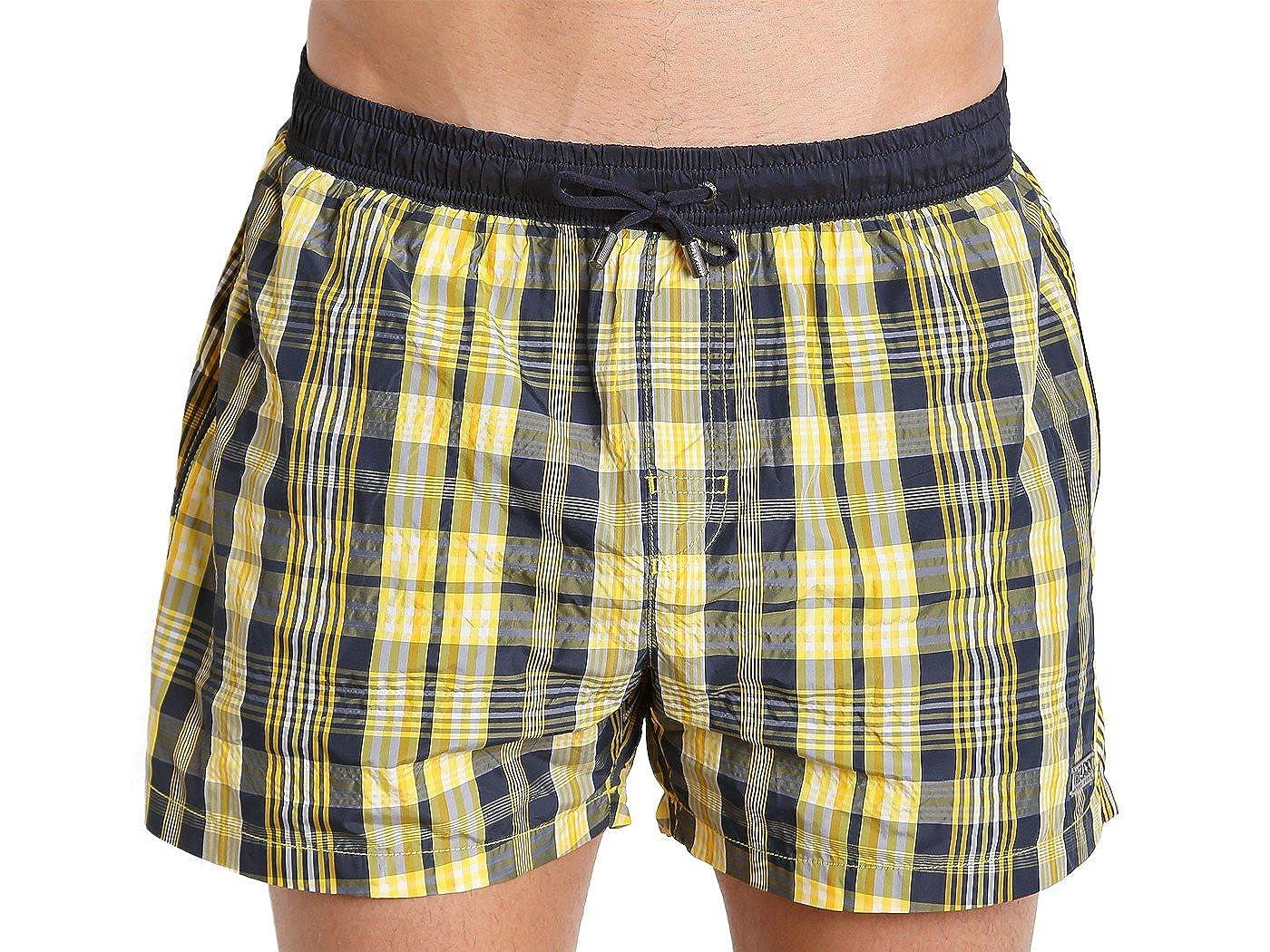 4c54544365335 Amazon.com: Hugo Boss Catshark Plaid Swim Short 50261015 S/Navy/Yellow:  Clothing