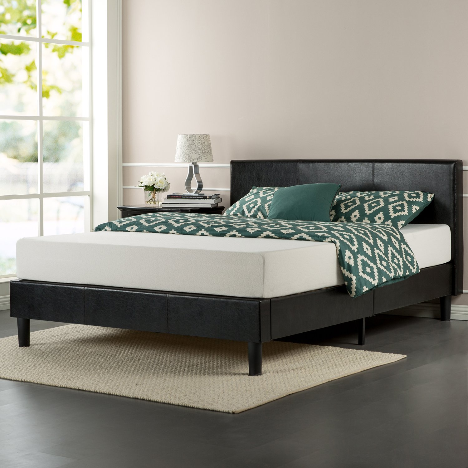 amazoncom zinus faux leather upholstered platform bed with wooden slats queen kitchen u0026 dining