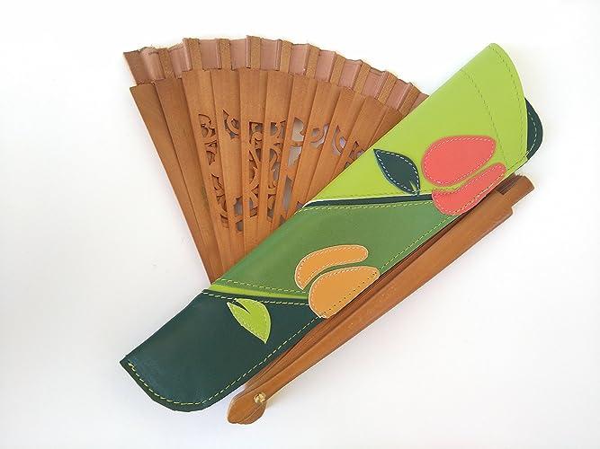 Funda de cuero para abanico. Con motivos florales. Fan ...