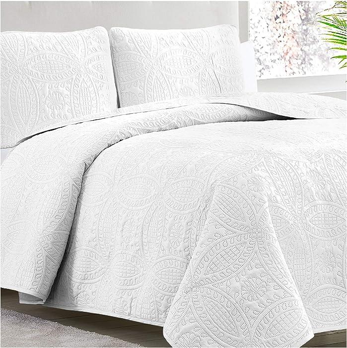Mellanni Bedspread Coverlet Set White - Comforter Bedding Cover - Oversized 3-Piece Quilt Set (Full/Queen, White)