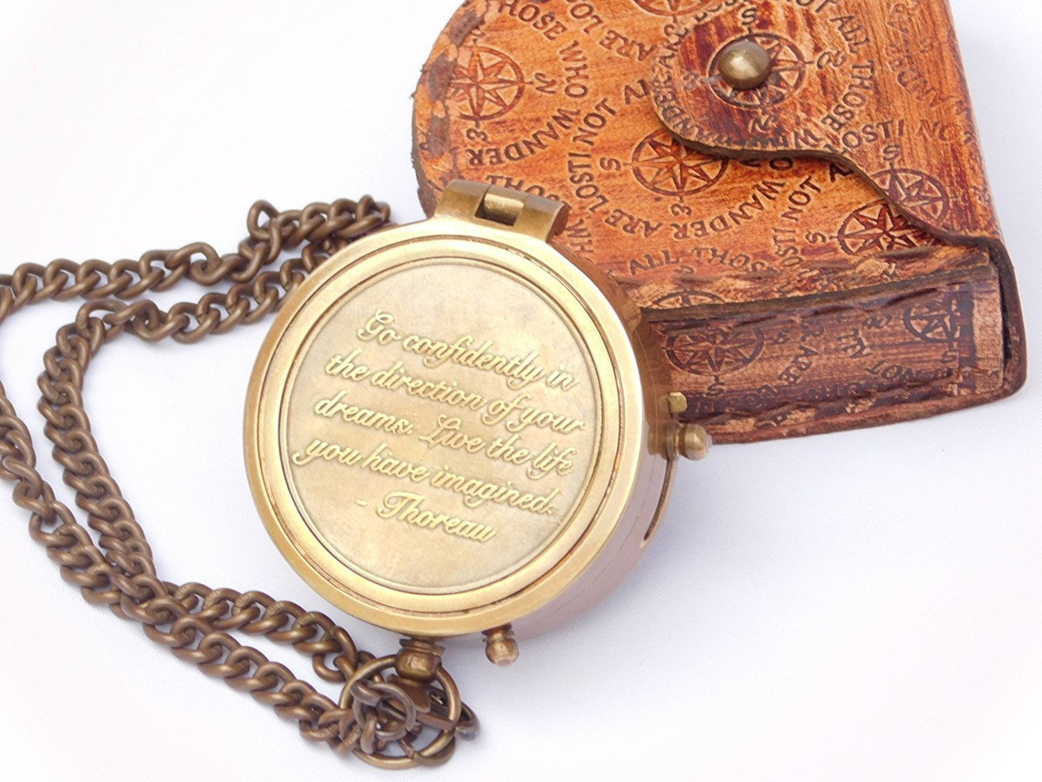 Thoreau 's Go Confidently Quote Engraved Compass with Stampedレザーケースby Eraコレクション B074KQ1FNF