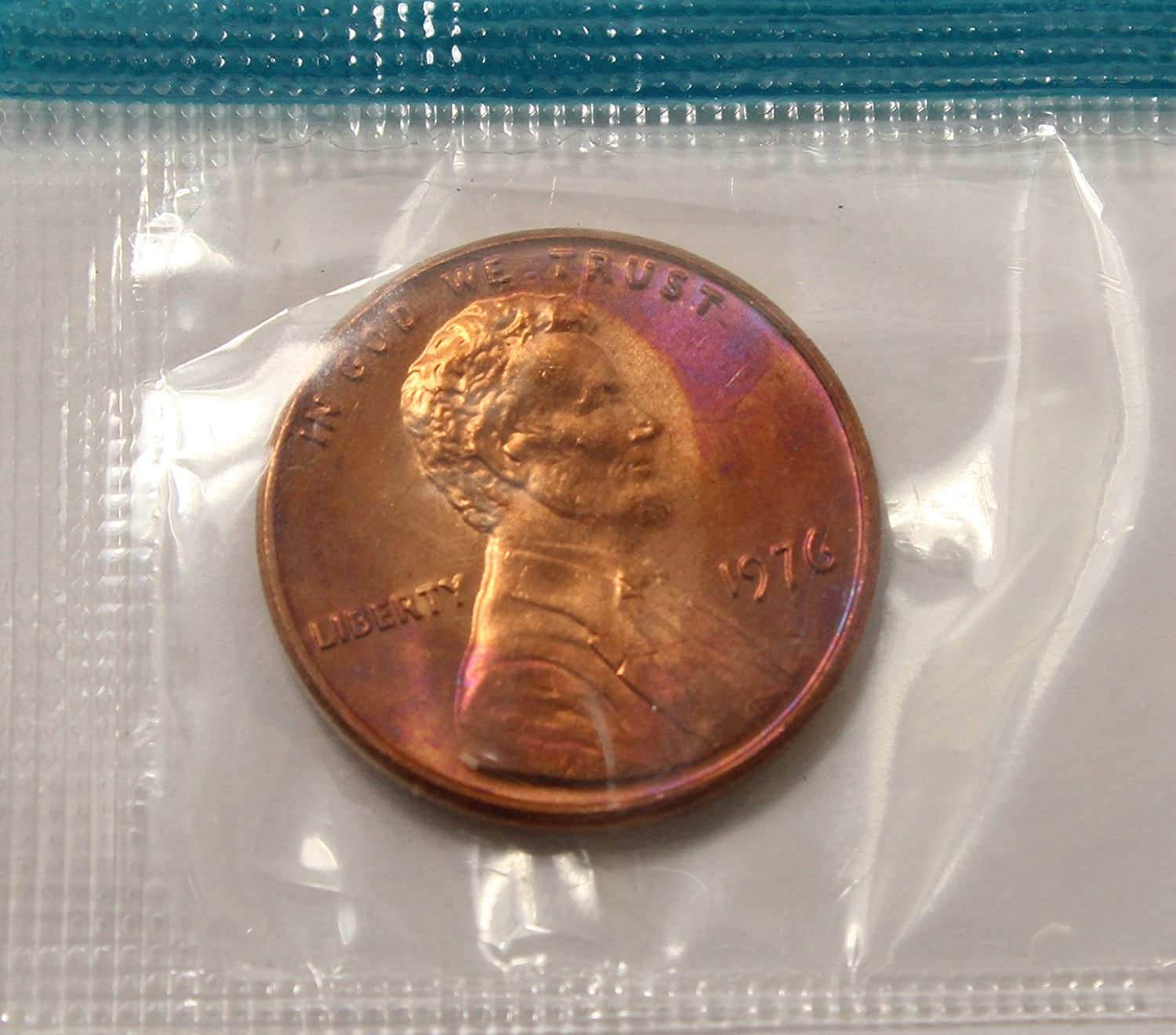 1996 P  Lincoln Memorial Penny ~ Uncirculated Coin in Mint Cello from Mint Set