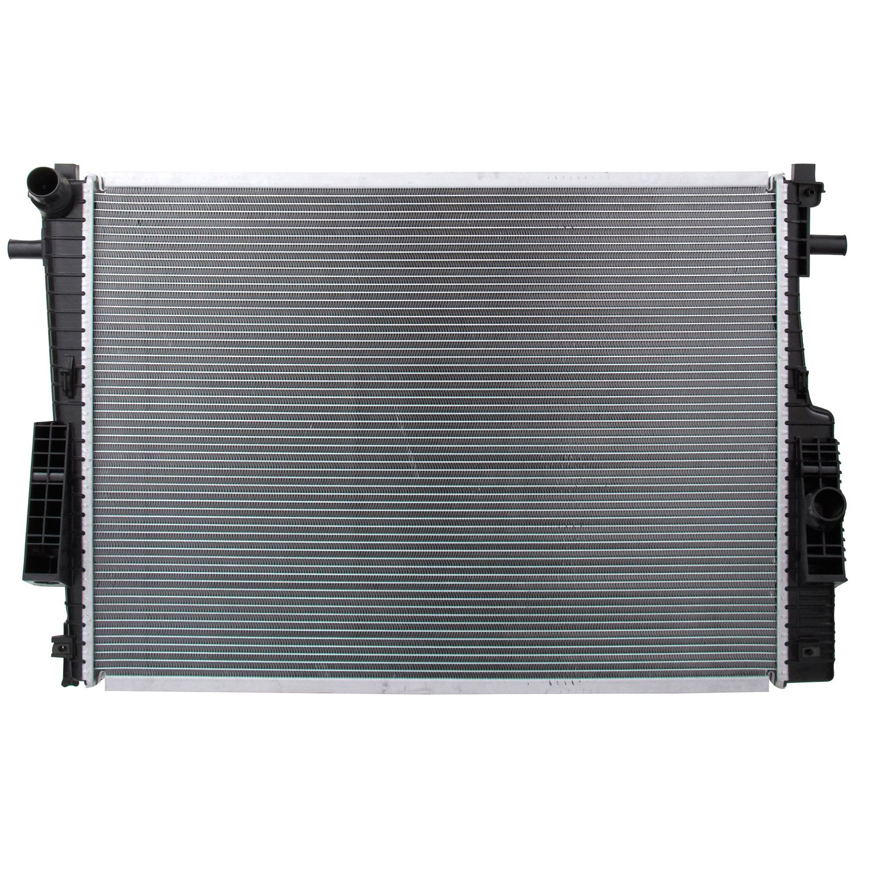 Spectra Premium CU13022 Complete Radiator by Spectra Premium (Image #1)