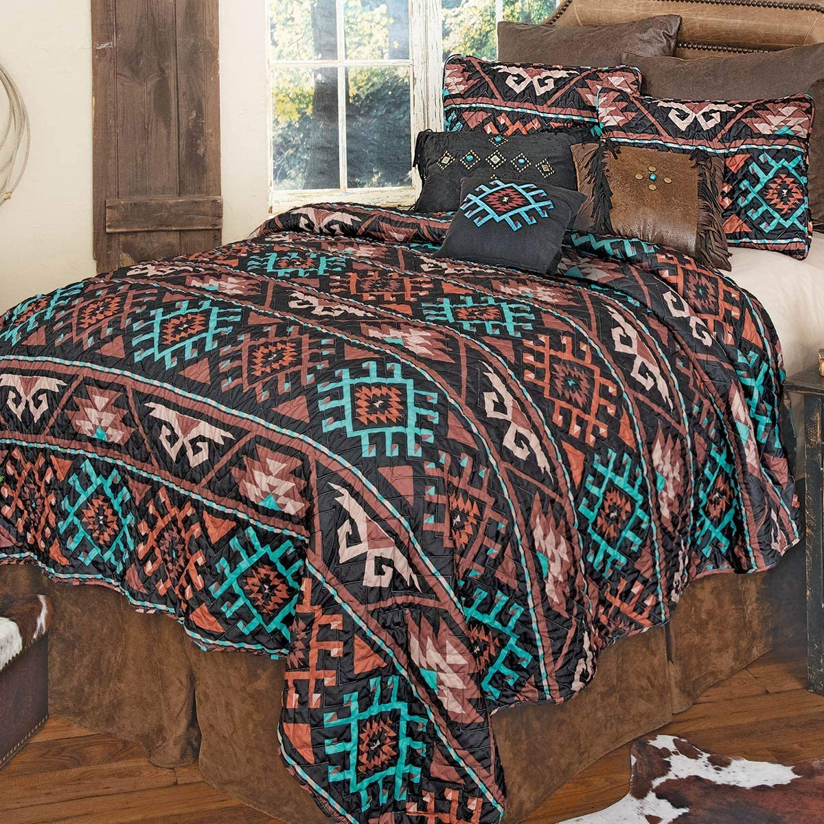 BLACK FOREST DECOR Tucson Southwest Quilt Set - Queen - Clearance