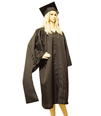 1fb93d8fa1 Amazon.com  Graduation Master Cap and Gown Master Regalia with 2019 Year  Charm Unisex Matte Black  Clothing