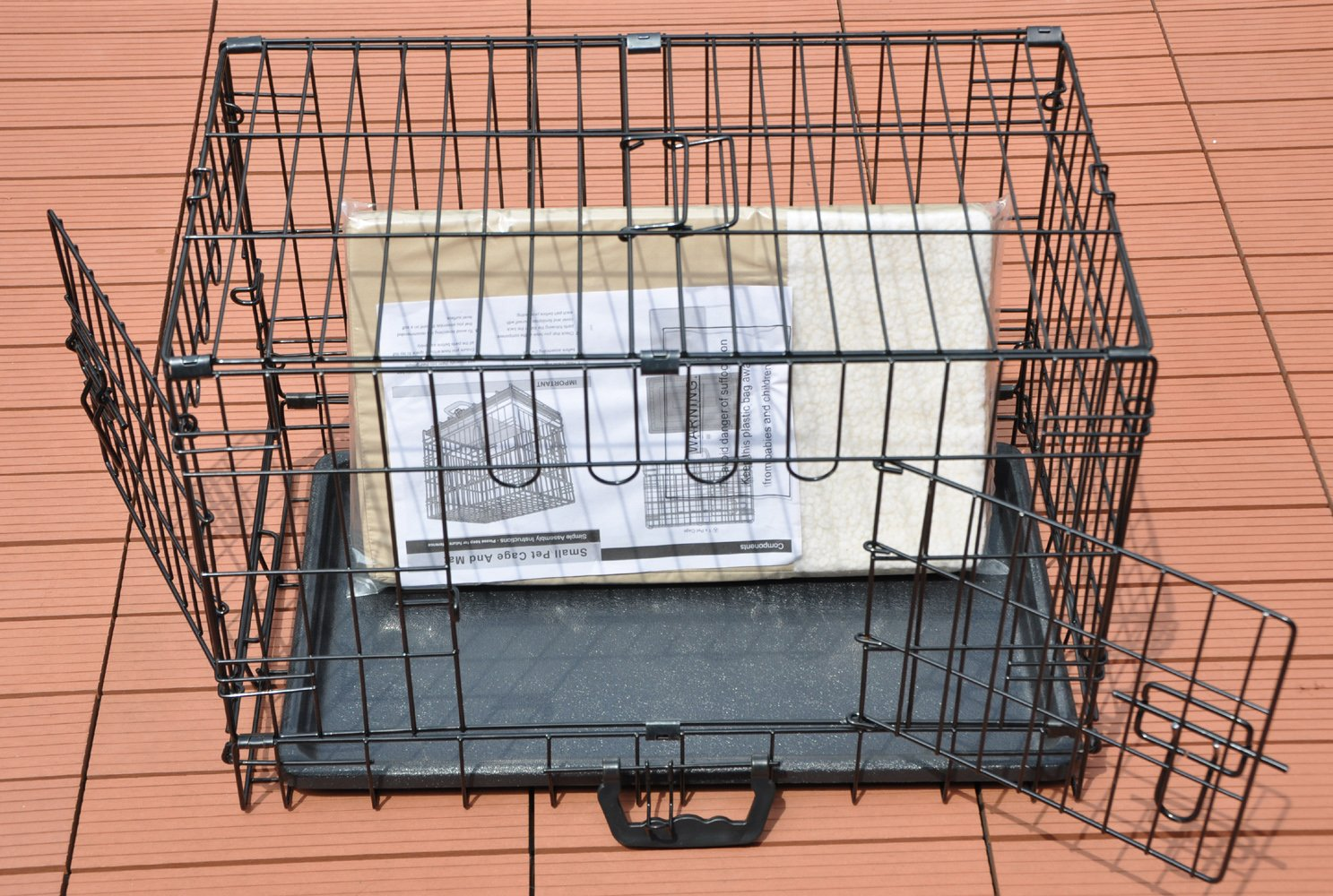 Cool Runners Tall Boy Large Wire Pet Crate 30'' x 21'' x 24'' With Bonus Faux Sheepskin Mattress by Cool Runners (Image #3)