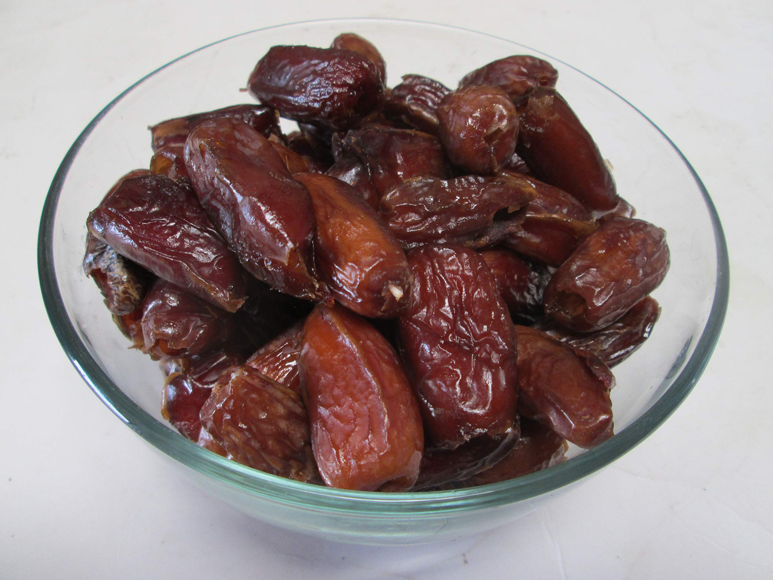 Natural Dates Pitted, 15 Lbs-Candymax